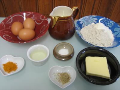 Ingrédients pour la recette : Crêpes au curcuma