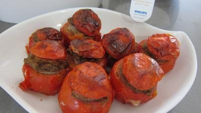 plat complet : Plat de tomates farcies fait avec l'appareil Philips Airfryer