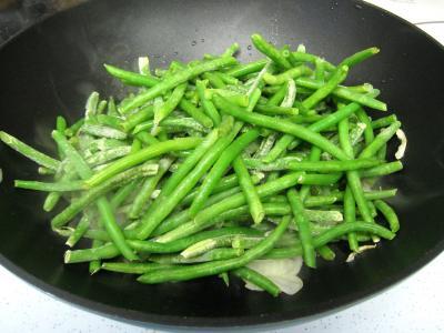 Crumble aux haricots verts et sa crème d'ail - 5.3