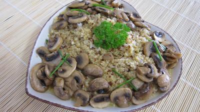 quiinoa : Plat de quinoa en risotto aux champignons