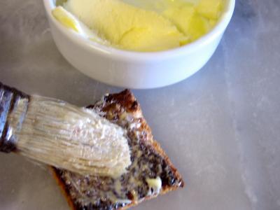 Canapés aux oeufs de truite - 2.2