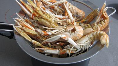 Crustacés et poisson en marmite - 1.3