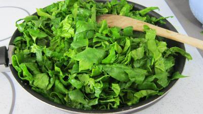 Grenouilles caramélisées aux épinards - 5.1