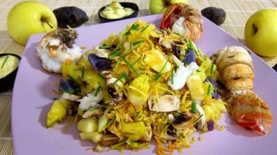 Image : Saladier de queues de langouste en salade