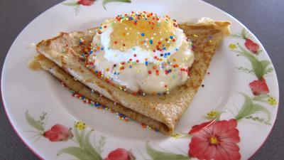 tapioca : Assiette avec sa crêpe et son mascarpone aux mangoustans et tapioca