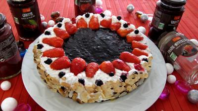 Image : Gâteau aux fromages à la purée fraises, myrtilles, cassis Vitabio
