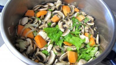 Fines herbes et légumes en velouté - 6.4