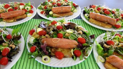 Recette Roulades de saumon fumé et sa salade