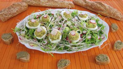 Tapenade : Assiette d'oeufs durs à la tapenade