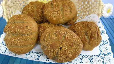 graines de lin : Boules de pain au levain à l'ancienne