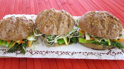 Image : Plat de pans bagnats aux asperges revisités