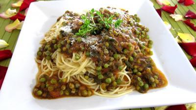 Image : Assiette de spaghettis aux petits pois