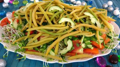 vinaigrette au gingembre : Assiette de salade haricots beurre du jardin