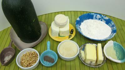 Ingrédients pour la recette : Crumble aux courgettes
