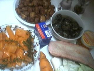 Ingrédients pour la recette : Soupe de châtaignes et escargots