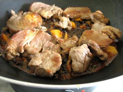 Epaule de veau aux haricots noirs - 12.2
