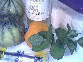 Ingrédients pour la recette : Soupe de melon