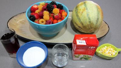 Ingrédients pour la recette : Melon en salade au caramel