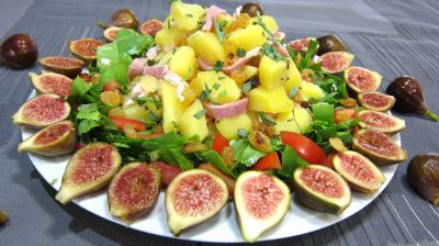 Image : Assiette de salade de figues  l&#39;estragon