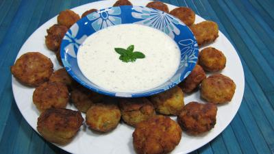 tofu ferme : Assiette de keftas au tofu et au pâtisson