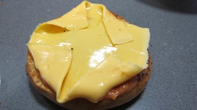 Cheeseburgers - 7.1