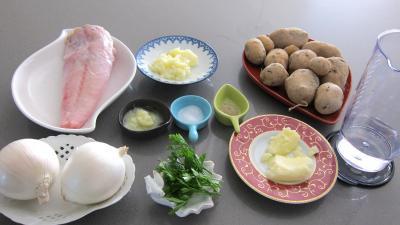 Ingrédients pour la recette : Lotte et pommes de terre sautées