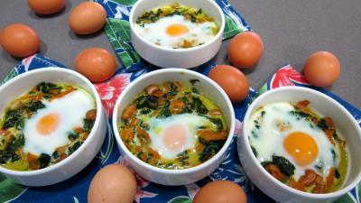 Cuisine diététique : Cassolettes d'épinards et oeufs à l'indienne