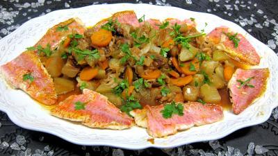 chayotte : Assiette de rougets au chou chinois et chayottes