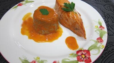 sel de céleri : Assiette de saumon aux flans de cocos