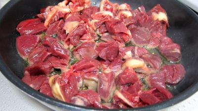 Coeurs de canard, légumes et sauce béchamel au vin rouge - 6.1
