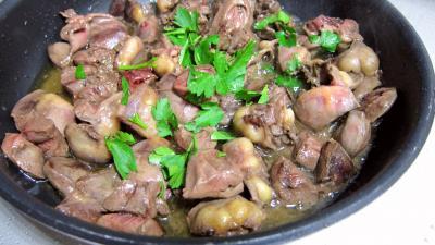 Coeurs de canard, légumes et sauce béchamel au vin rouge - 6.3