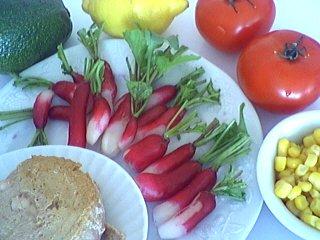 Ingrédients pour la recette : Tomates à l'avocat et au thon