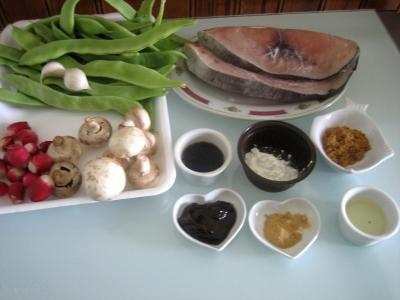 Ingrédients pour la recette : Espadon aux haricots mange-tout façon chinoise