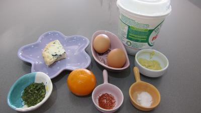 Ingrédients pour la recette : Sauce mayonnaise à la Fourme d'Ambert