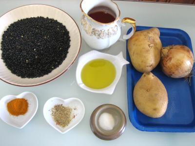 Ingrédients pour la recette : Lentilles à la tomate à la marocaine