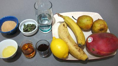 Ingrédients pour la recette : Salade de bananes et de mangue