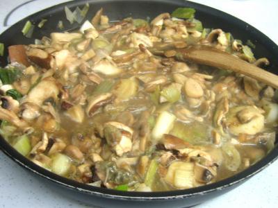 Pintade à la purée de maïs et champignons - 12.1