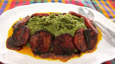 plat complet : Assiette de broutes en purée au chorizo à la landaise.