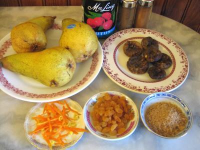 Ingrédients pour la recette : Poires aux épices façon chinoise