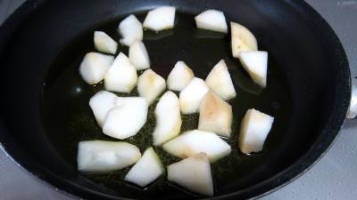 Sauté de poulet à la poire - 4.1