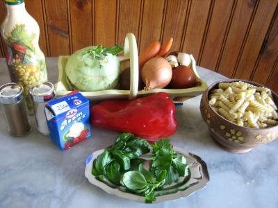 Ingrédients pour la recette : Sauté de chou-rave au maccheroni