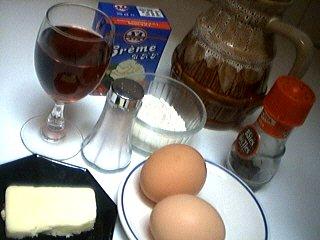 Ingrédients pour la recette : Sauce pâtissière au Porto