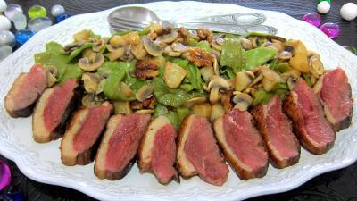 Recette Assiette de magret de canard aux pois gourmands