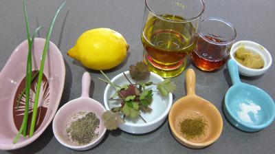 Ingrédients pour la recette : Vinaigrette au parfum de sésame