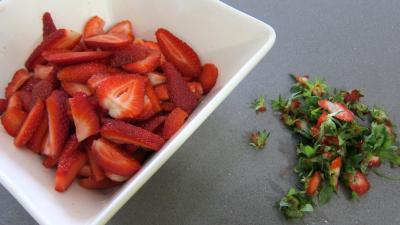Mousse aux noisettes et aux fraises - 1.2