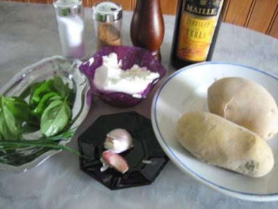 Ingrédients pour la recette : Pommes de terre farcies à la ricotta