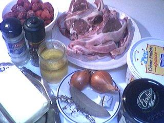 Ingrédients pour la recette : Côtes d'agneau sauce aux framboises