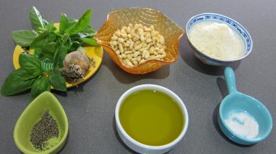 Ingrédients pour la recette : Pesto