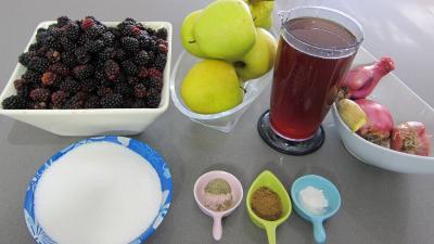 Ingrédients pour la recette : Chutney de mûres aux pommes