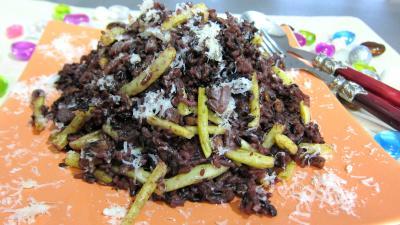 cacahuète : Assiette de risotto aux haricots verts et mendiants